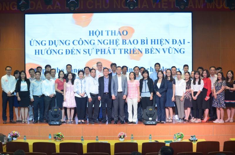 Hội thảo Ứng dụng công nghệ bao bì đóng gói hiện đại – Hướng đến sự phát triển bền vững tại Trường Đại học Công nghiệp Thực phẩm Tp HCM