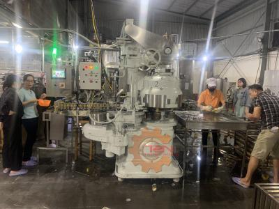 Hoàn thành lắp đặt máy ghép mí cho dây chuyền sản xuất nước yến đóng lon